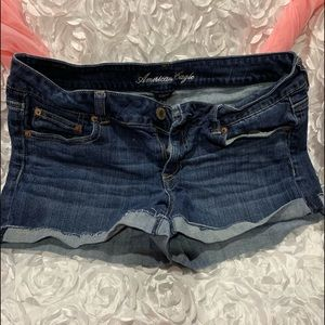 American Eagle shorts with cuff
